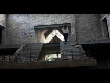 КОНТРАСТ Очень страшная заброшенка Необъяснимое чудо природы Дворец и крепость Батурина Кино и парки